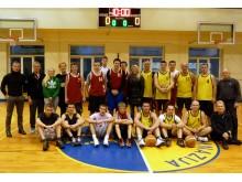 Senosios gimnazijos krepšinio turnyre varžėsi 14 komandų.