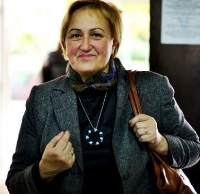 """""""Aš labai džiaugiuosi, kad esu mokykloje, kad dirbu čia,"""" – sakė ietuvių kalbos ir literatūros mokytoja ekspertė Jūratė Galinauskienė."""