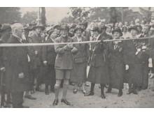 R. Baden-Powell atidaro savo vardo gatvę. Palanga, 1933 m. I. Stropaus nuotr.