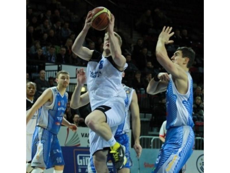 Rungtynės tarp pajūrio krepšinio klubų buvo itin įtemptos.
