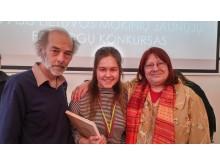 """I.Danieliūtė su publiciste Gintare Adomaityte ir filosofu, """"Naujosios Romuvos"""" redaktoriumi Andriumi Kunickiu."""