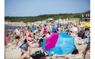 Meras Šarūnas Vaitkus piktinasi draudimu paplūdimyje prekiauti silpnu alkoholiu