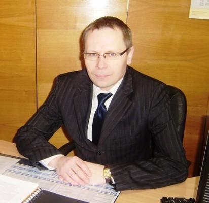 """Juridinio ir personalo skyriaus vedėjas P.Kaminskas: """"Skyriaus veikla neapsiriboja vien tik atstovavimu teismuose""""."""