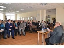 Į V. B. Litvaičio knygos pristatymą susirinko gausus būrys palangiškių ir svečių iš kitų miestų.