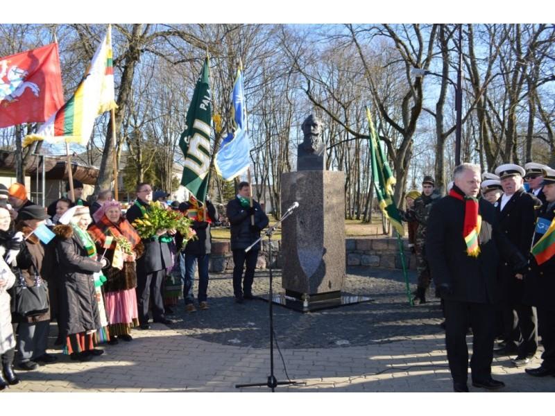 Palangiškiai pagerbė tautos patriarcho J. Basanavičiaus atminimą.