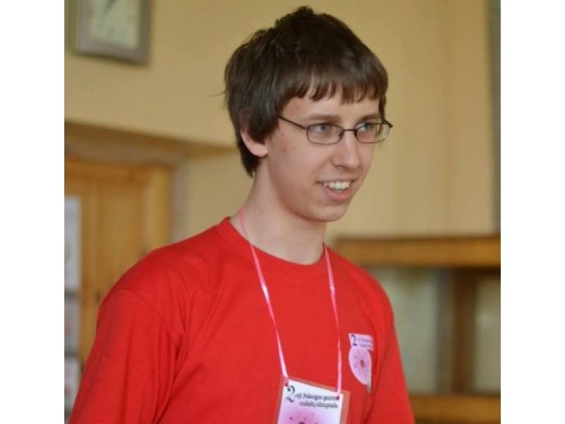 Simonas Balkaitis brandos egzaminų sesijoje surinko tris šimtukus.