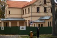 Kurhauzo restauracija: netrukus miesto  promenadą darkiusi tvora pasitrauks