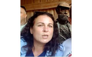 Adeliną Sabaliauskaitę pareigūnai kaltina ir neva kartu su kitais asmenimis sprogdinus prie Seimo neaiškios kilmės sprogstamus užtaisus
