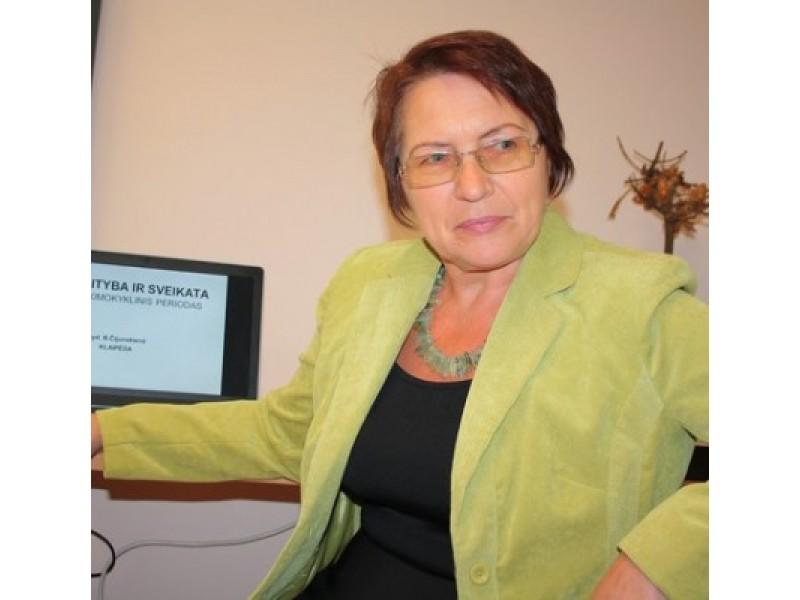 Gydytoja gastroenterologė Birutė Čijunskienė patarė imti savo vaiko maitinimusi rūpintis dar jam negimus, pasitelkiant į pagalbą vaisius ir daržoves.