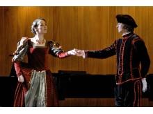 """Į grafų Tiškevičių didybę menančius rūmus sukviečia tarptautinis klasikinės muzikos festivalis """"Klasikos balsai""""."""