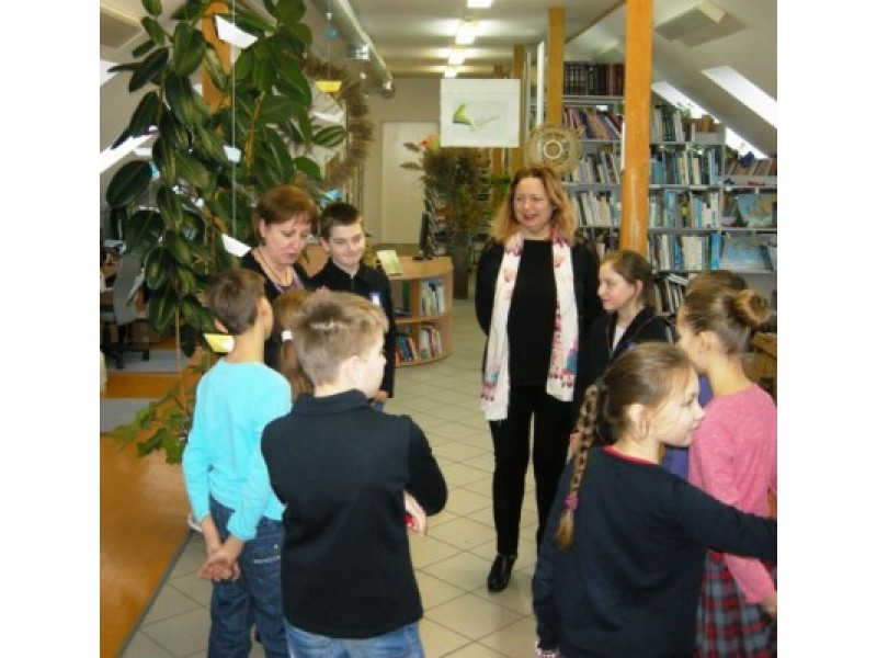 Bibliotekų metus Šventojoje užbaigė ketvirtokai