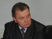 """""""Neradau visiškai jokių duomenų, kad šiomis dienomis Panevėžyje būtų vykęs koks nors Jaunimo reikalų departamento seminaras"""", – skėsčiojo rankomis A. Jokūbauskas."""