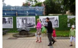 Restauruojamo Palangos kurhauzo tvorą papuošė istorinės nuotraukos