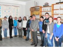 Už įdomią paskaitą moksleiviai itin dėkingi profesoriui A. Raznikovui-Baziukui.
