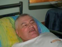 """""""Ačiū jums, vyrai"""", – už įrengtą pandusą dėkojo Antanas Griškevičius."""