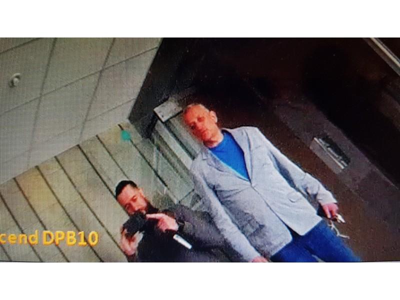 Po nepalankios teismo nutarties – D. Miklovo ir E.Židanavičiaus išpuolis prieš D. Mikienę