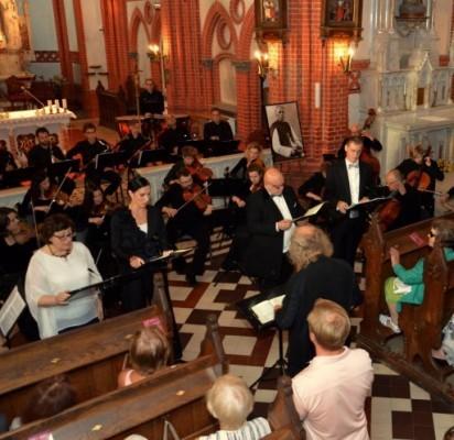 """Festivalis """"Ave Maria"""" Palangos publiką žavi nuostabios muzikos garsais"""