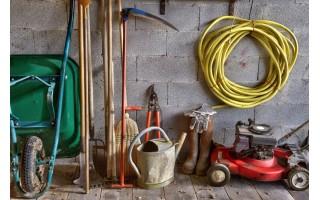 Sodo įranga ir įrankiai, kuriuos privalu turėti namuose
