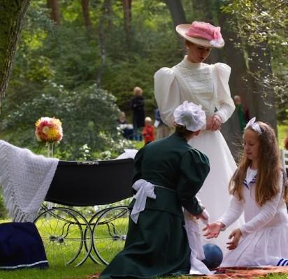 Šeštadienį, rugsėjo 6 d., 14 val. Palangos Birutės parką nuspalvins muzikos garsai. Čia bus minima jau aštuntoji Birutės parko diena, kasmet dovanojanti puikių įspūdžių kiekvienam, šią dieną apsilankiusiam Palangos pasididžiavimu vadinamame parke.