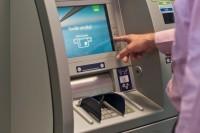 Palangiškiai jau naudojasi SEB banko grynuosius pinigus priimančiu bankomatu