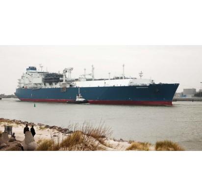 """Laivo """"Independence"""" ilgis – 294 m (trijų futbolo aikščių ilgis), plotis – 46 m, aukštis – 47 m, greitis – 18 mazgų. Ve.lt nuotr."""