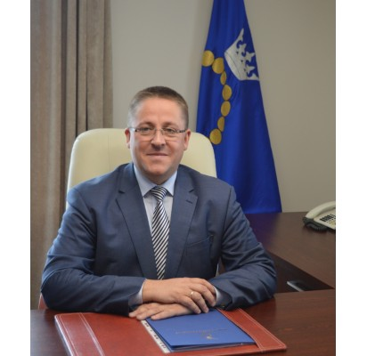 Palangos miesto meras Šarūnas Vaitkus užėmė garbingą antrąją vietą, į priekį užleidęs tik šalies prezidento rinkimų apklausų vieną lyderių, populiarųjį Kauno merą Visvaldą Matijošaitį.