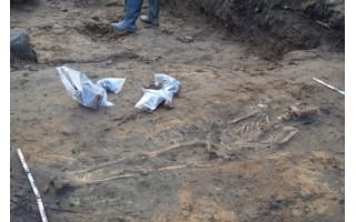 Archeologų lobis prie Kurhauzo– rasti galimos dvarvietės pėdsakai