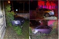 """Girto vairuotojo """"Audi"""" Palangoje išvertė tvorą ir vos nesugriovė namo"""