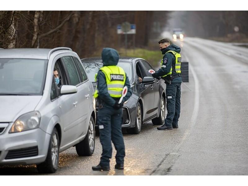 Antradienį, gruodžio 29-ąją, Palangos postuose buvo patikrinti 732 automobiliai, neįleisti 27