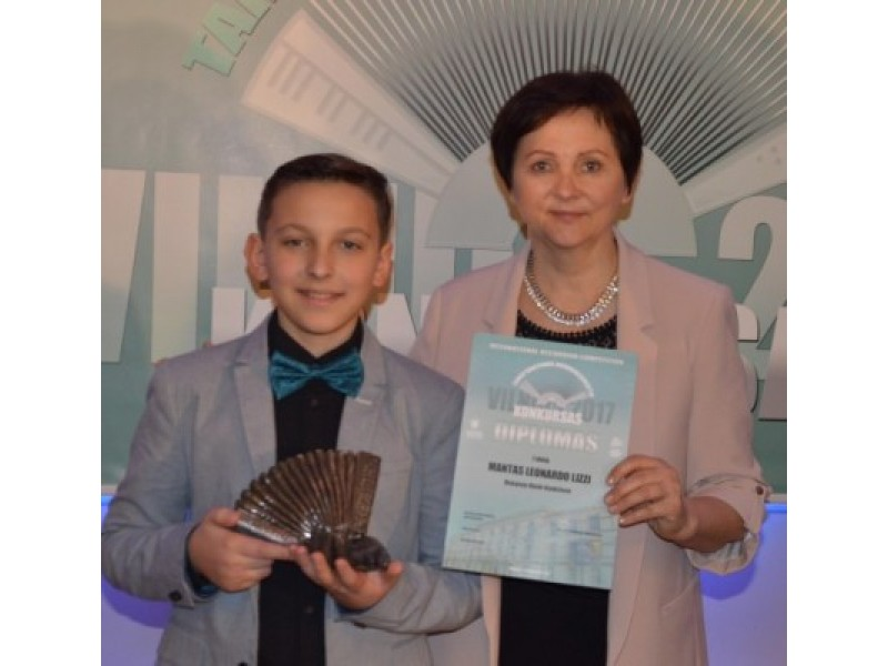 Mantas – konkurso VILNIUS 2017 laureatas.