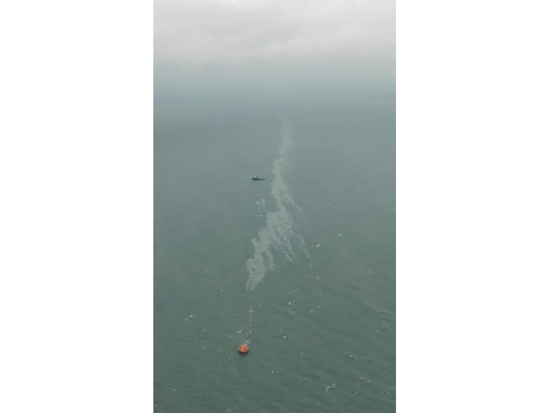 """Teršalų žymė Baltijos jūroje (""""Vakarų Ekspreso"""" nuotr.)"""