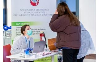 Koronavirusu užsikrėtęs vyras lankėsi RIMI parduotuvėje, Pica Express picerijoje Palangoje