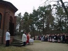 Nuo Birutės kalno į dangų kilo malda ir giesmės Šv. Jurgiui.