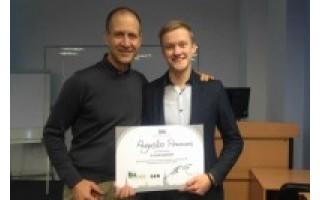 """Palangos abiturientas laimėjo """"Riga Business School"""" universiteto stipendiją"""
