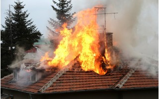 Palangos ugniagesiai gelbėtojai perspėja – šildymo sezono metu reikia elgtis itin atsargiai