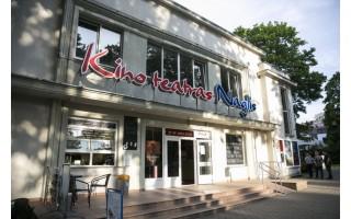 """Atnaujinto kino teatro """"Naglis"""" teks palaukti iki 2018-ųjų vasaros"""