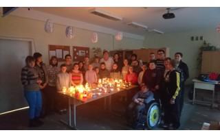 Kalėdinių žibintų šviesa Vlado Jurgučio mokykloje