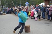 Turgaus šventėje bėgo su bulvių maišu, laikė kalakutą ir mėtė kiaušinius