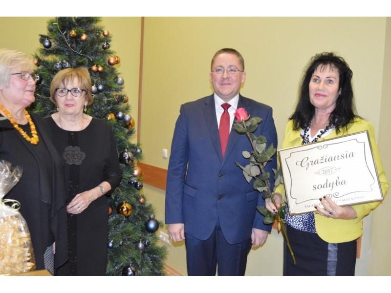 Lentelėmis apdovanotieji: Regina Raminienė