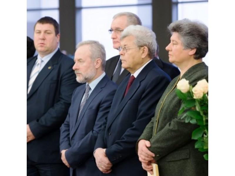 Seime paminėjo Nepriklausomybės Akto signataro A. V. Ulbos 75-ąsias gimimo metines