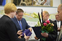 Senosios gimnazijos direktoriui – Savivaldybės tarybos padėka