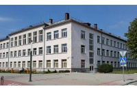 Palangos senąją gimnaziją baigė 79 abiturientų laida