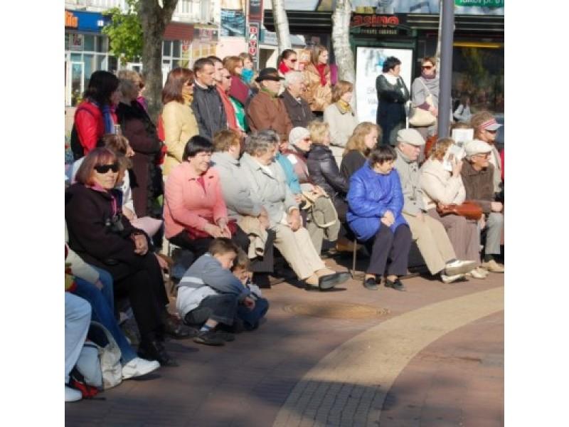 Kultūros dienos renginių organizatoriai – Kultūros centras – kviečia palangiškius šventę pradėti centrinėje miesto aikštėje.