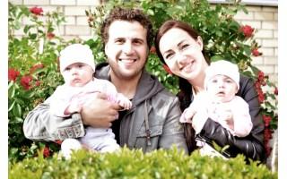 Kurorto naujakuriai Ernesta ir Saulius bei jų dvynukės Saulė ir Smiltė