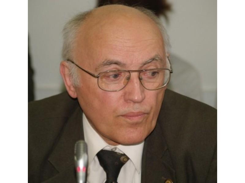 Palangos miesto savivaldybės Tarybos narys Albinas Stankus yra ir žinomas mokslininkas, pagal specialybę – gydytojas neuropatologas.