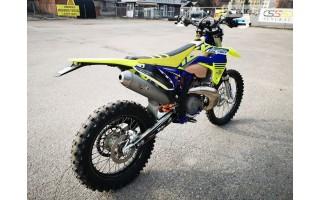 Ilgapirščiai iš garažo pavogė motociklą