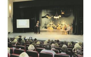 Senojoje gimnazijoje – Maironiui skirta lituanistų konferencija