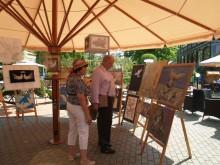 """Apžiūrėję gyvus """"modelius"""", parodos lankytojai turėjo galimybę įvertinti, kaip juos pamatė dailininkai."""