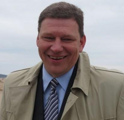 Tomas Julius Žulkus, Palangos miesto savivaldybės Tarybos narys, Statybos ir miesto komiteto pirmininkas, per beveik du darbo miesto savivaldybės Taryboje metus jau įrodė esąs brandus politikas.