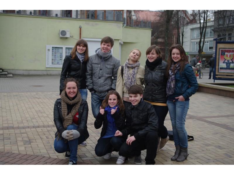 """Akcijai """"Darom 2011"""" neliko abejingas gausus būrys palangiškių"""